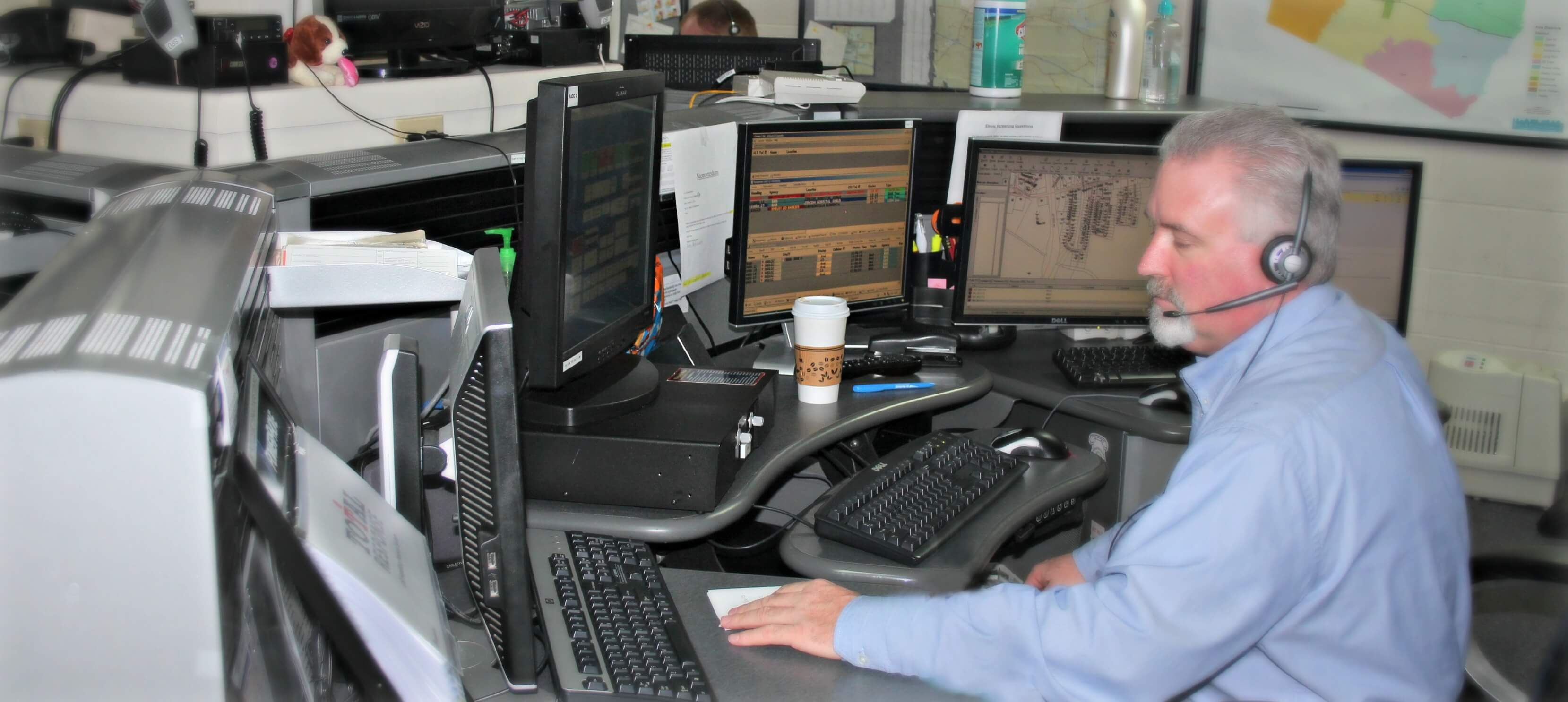 911 dispatch office
